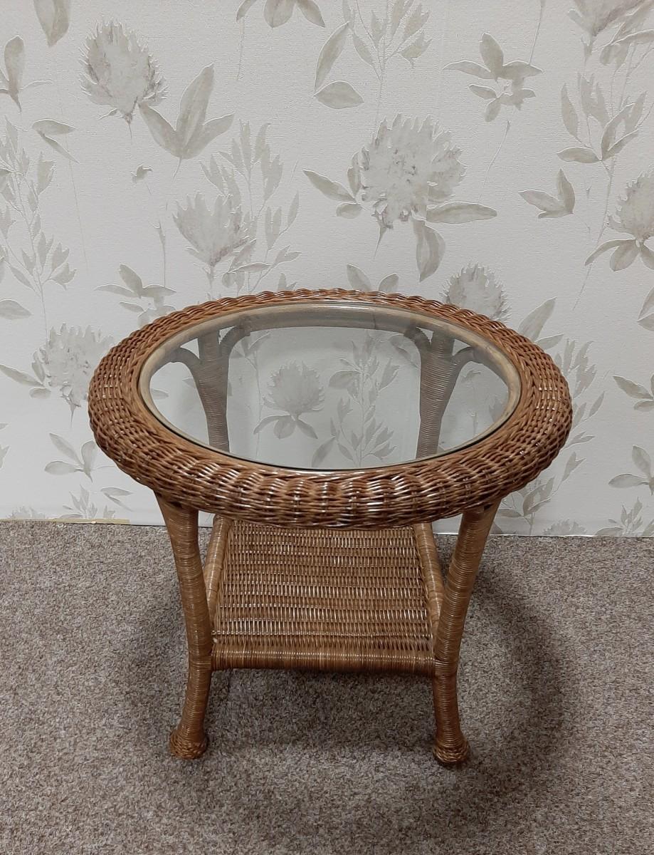 Ratanový stolek DINA kulatý sklo